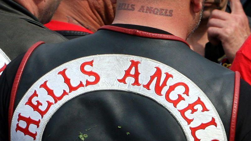 Rocker mit Hells-Angels-Kutte (2008 in Münster): Bannstrahl für Totenkopflogo