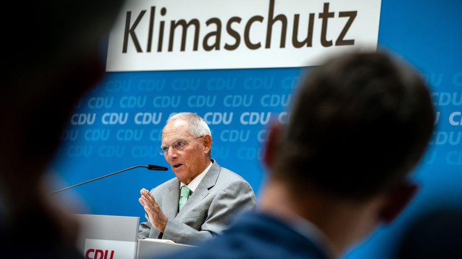 Wolfgang Schäuble bei seinem Impulsvortrag: Klimaschutz ist nicht zum Nulltarif zu haben