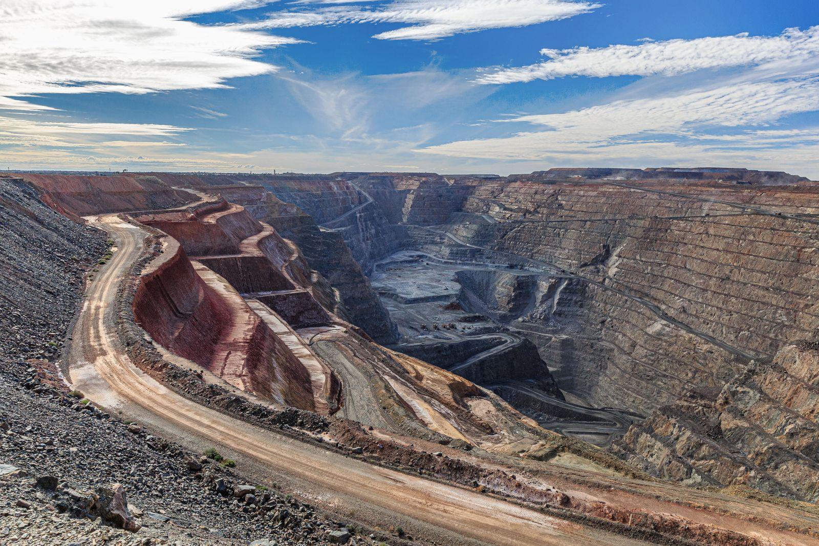 Super Pit Open Cut Gold Mine - Kalgoorlie, Western Australia