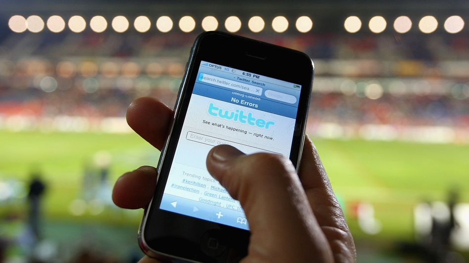 Twitter auf dem Smartphone: Werbebalken soll Kostenlos-Dienst refinanzieren