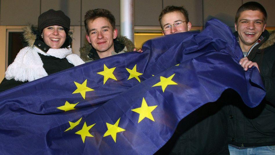Polnische Studenten feiern den Wegfall von Grenzkontrollen (2007): Europa der Bürger