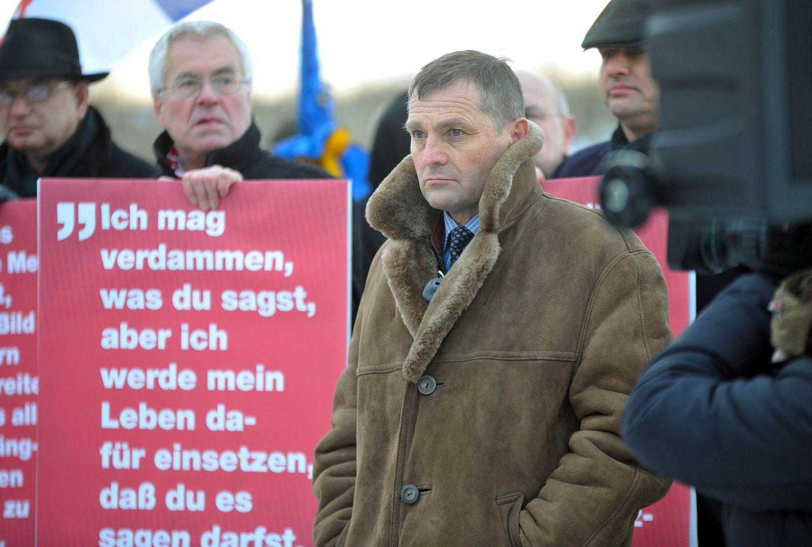 NICHT VERWENDEN Udo Pastörs NPD