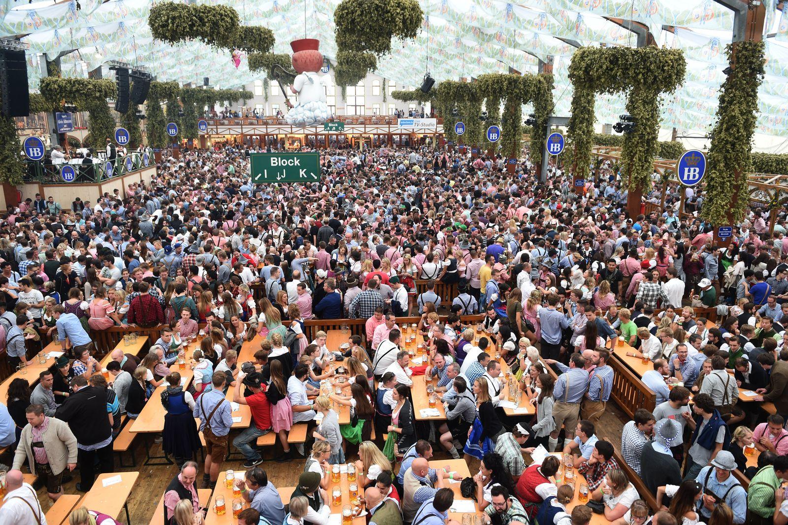 Oktoberfest 2015/ Wiesn/ Zelt
