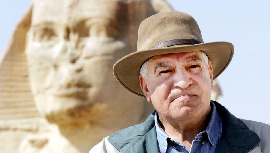 Zahi Hawass: Sein Markenzeichen - der Indiana-Jones-Hut