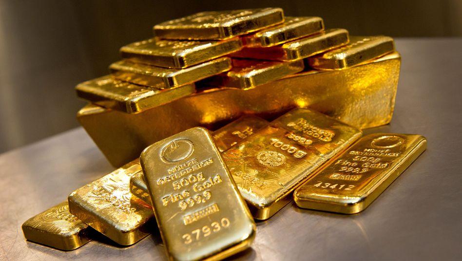 Goldbarren in unterschiedlicher Größe: Zwölf Teile, 33 Gramm das Stück