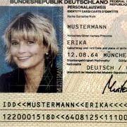 Frau Mustermann: Immer mehr Daten der freundlichen Dame werden gespeichert und digital verfügbar gemacht