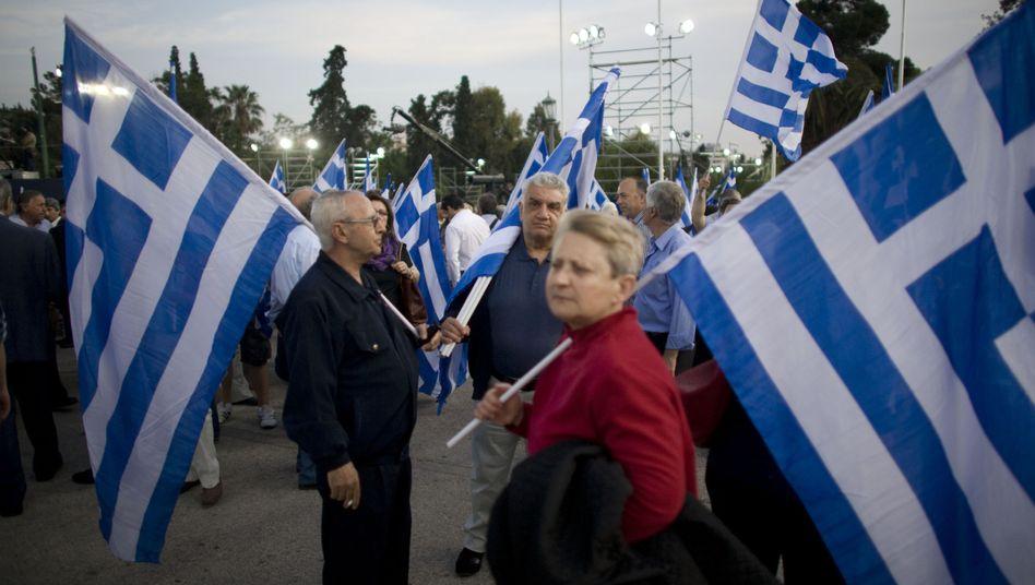 Anhänger der konservativen ND in Athen: Schwierige Regierungsbildung