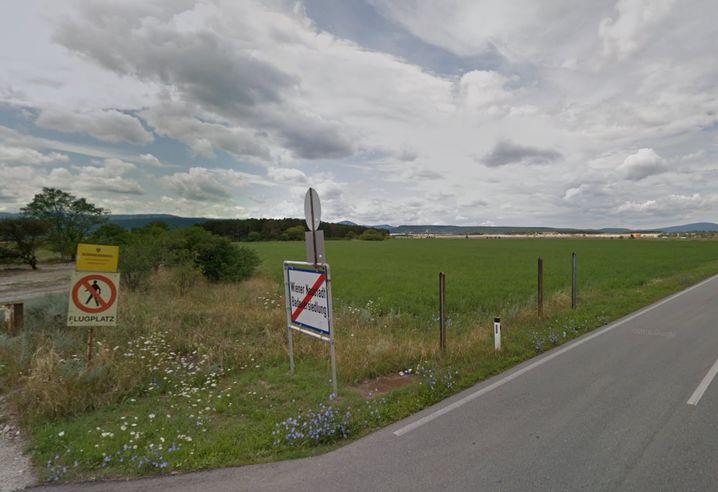 Zugang zur Flugfeld Kaserne: Hundeführer fand toten Kameraden