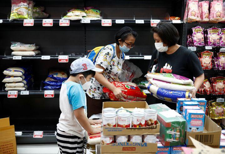 Einkäufe in Singapur: Auch hier gab es vereinzelt Fälle