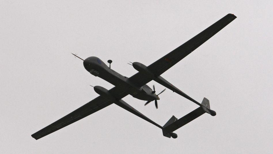 """""""Heron 1""""-Drohne im Flug (Archivbild): Nach Testflug in Kunduz nur noch Schrott"""