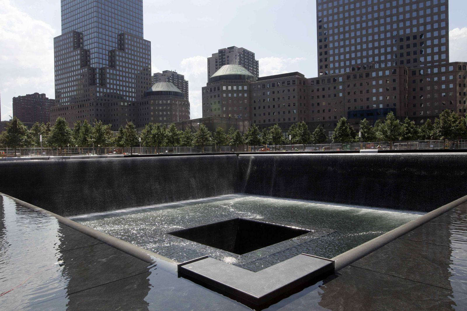 WTC/ Wasserbecken