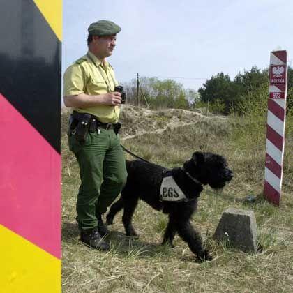 BGS-Streife an der deutsch-polnischen Grenze: Auswärtiges Amt distanziert sich von Preußischer Treuhand