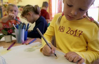 Abi oder kein Abi: Die OECD kritisiert die frühe Verteilung der Kinder auf die Schultypen