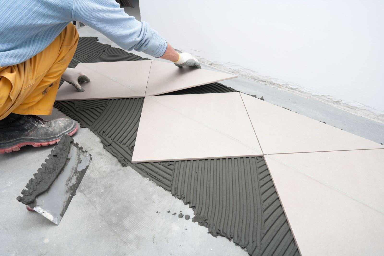 EINMALIGE VERWENDUNG EXPIREN AM 27.11.2024 Tile Floor