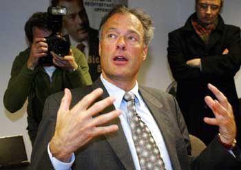 Ronald Schill: Als Hamburger Innensenator gefeuert, als Landesvorsitzende der Schill-Partei abgesetzt