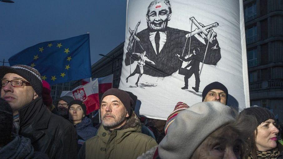 Demonstration für Pressefreiheit in Warschau