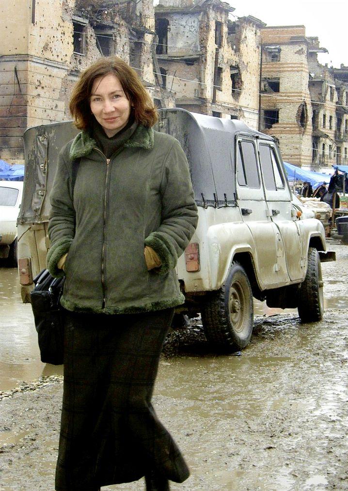 """Ermordete Estemirowa: """"Ein Geschenk für Kadyrow"""""""