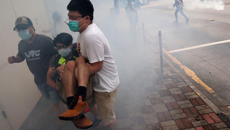 In Hongkong haben Hunderte Menschen gegen Chinas umstrittene Pläne für ein Sicherheitsgesetz für die Sonderverwaltungszone demonstriert