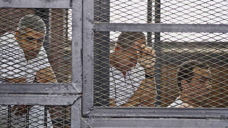 Verurteilte Fahmi, Greste, Mohammed: Sieben Jahre Gefängnis für kritische Journalisten