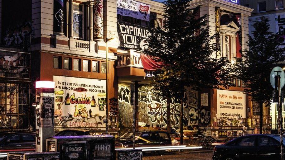 Autonomes Zentrum Rote Flora: Eine Kirche des Antikapitalismus