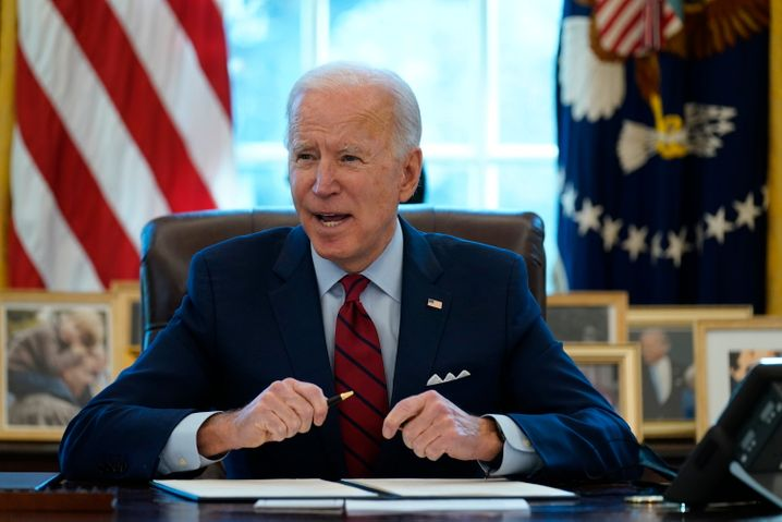 US-Präsident Biden im Oval Office