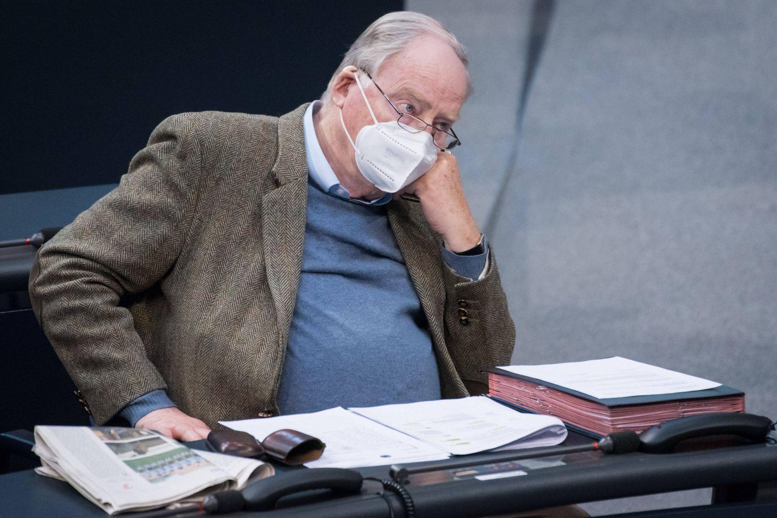 Berlin, Plenarsitzung im Bundestag Alexander Gauland (Fraktionsvorsitzenden der AFD-Bundestagsfraktion) während der 221.