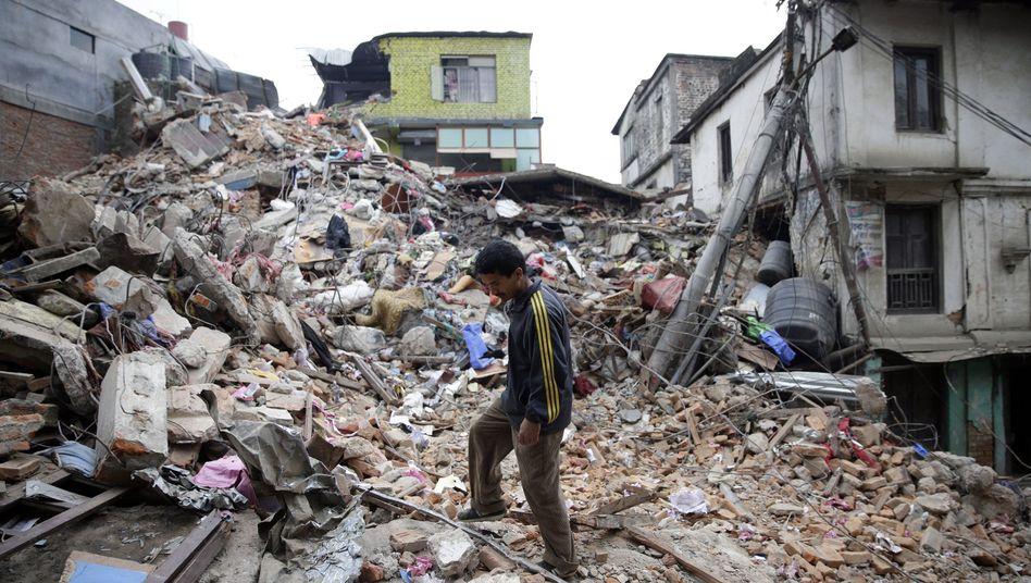 Erdbeben im Himalaya: Nepal meldet mehr als 3200 Tote
