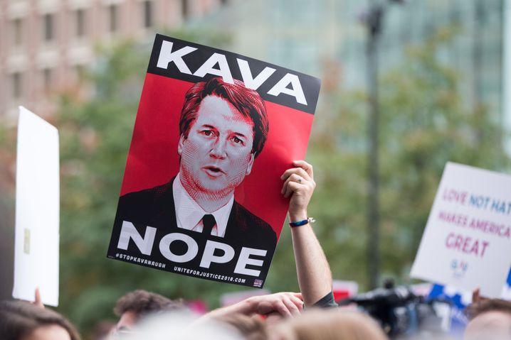 """""""Kava-Nein"""": Proteste gegen den damaligen Supreme-Court-Kandidaten Brett Kavanaugh (2018)"""
