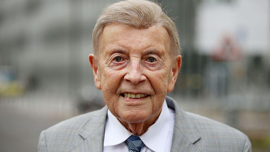 Wildor Hollmann, Professor an der Sporthochschule Köln, ist 92 Jahre alt und gibt immer noch Vorlesungen.
