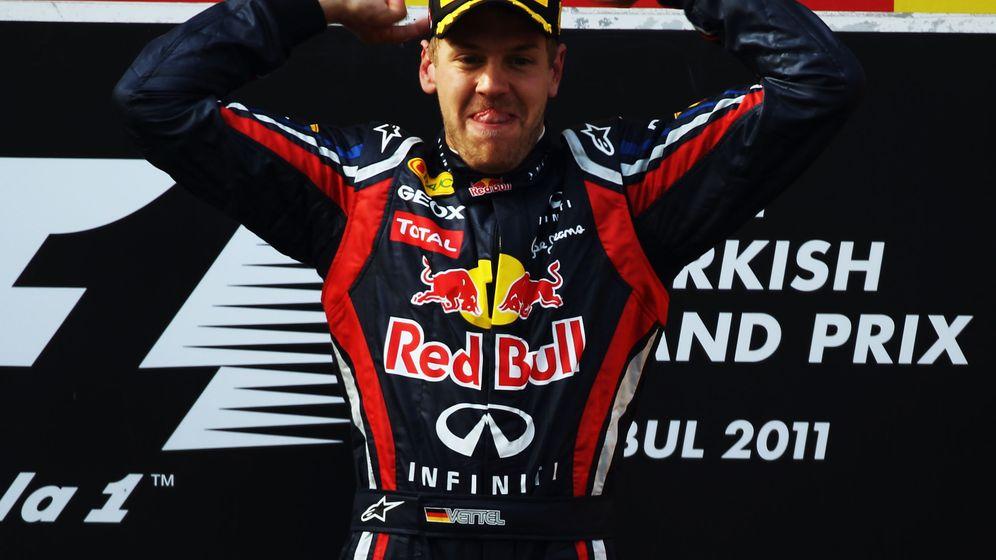 Formel 1: Vettel dominiert die Konkurrenz
