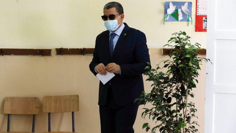Algeriens Premierminister Abdelaziz Djerad bei den Parlamentswahlen vom 12. Juni