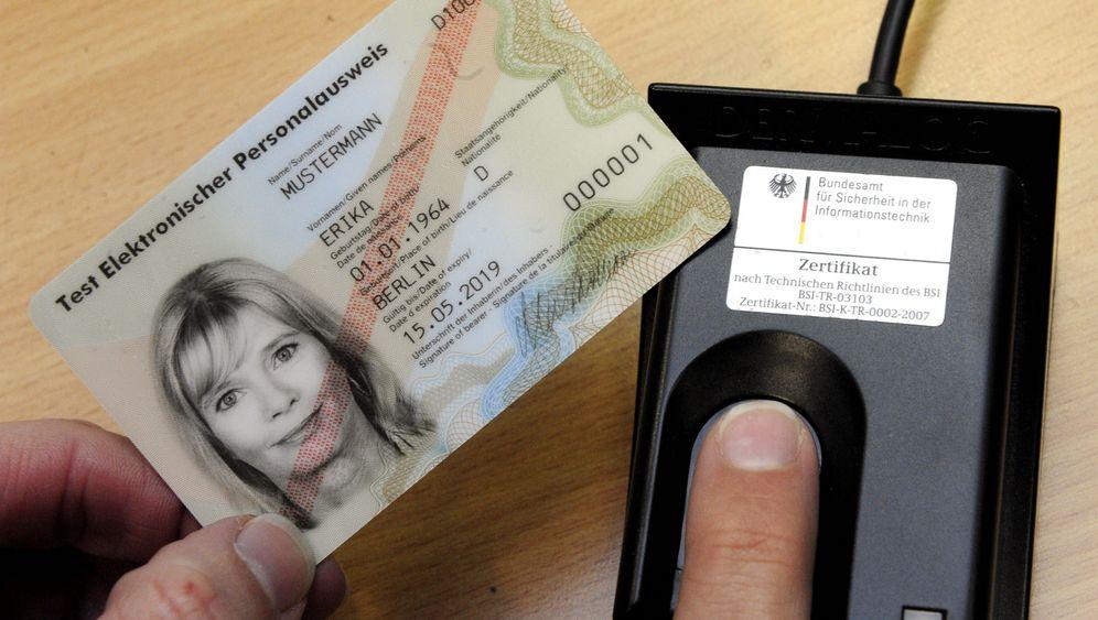 Elektronischer Ausweis: Ein Perso fürs Netz
