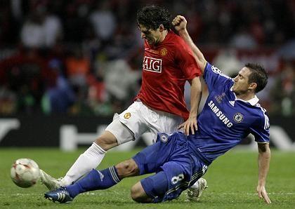 ManU-Spieler Hargreaves (l.) und Chelseas Lampard (im CL-Finale 2008): Hartes Duell - nicht nur auf dem Platz