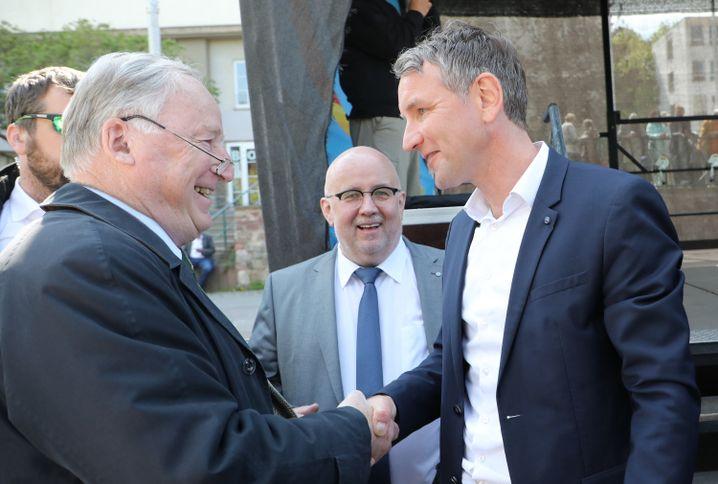 Alexander Gauland, Jürgen Pohl und Björn Höcke am 1. Mai 2019 in Erfurt