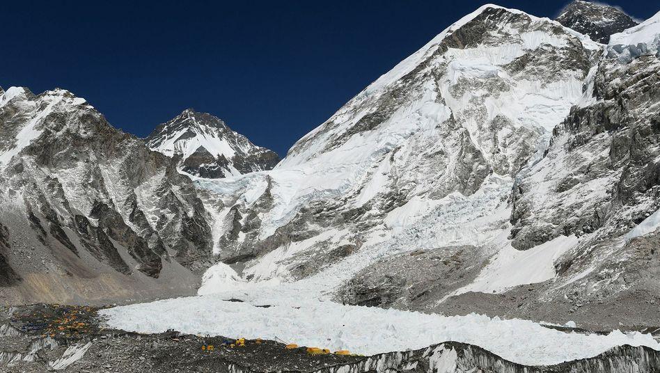 Basislager am Everest Base Camp