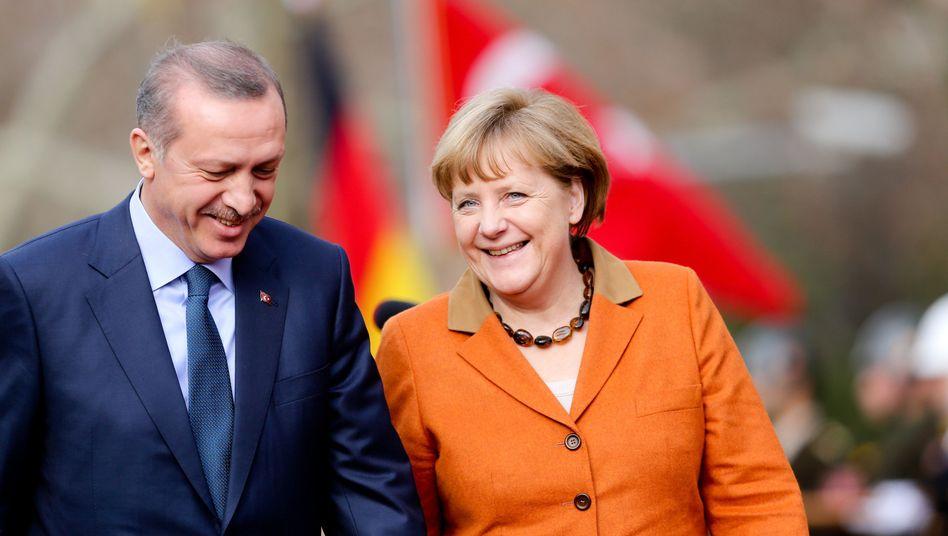"""Premier Erdogan mit Kanzlerin Merkel: """"Ergebnisoffene Verhandlungen"""""""