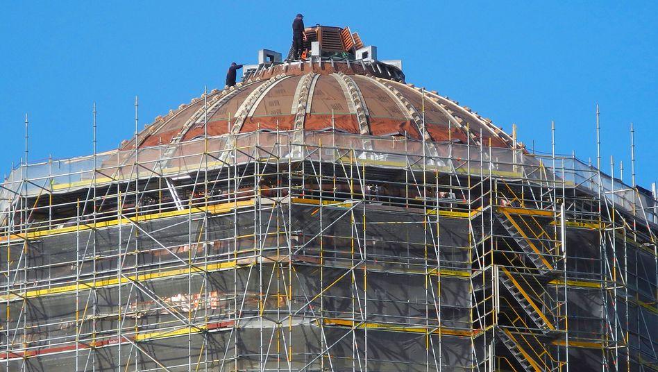 Kuppeldach des künftigen Humboldt Forums: Kostenobergrenze überschritten