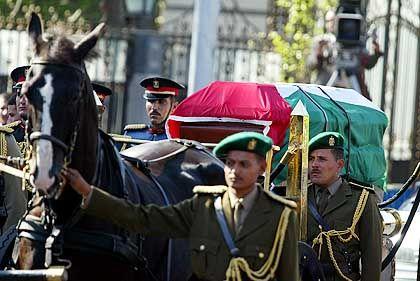 Arafats Sarg in Kairo: Zeremonie in der Geburtsstadt des Palästinenserführers