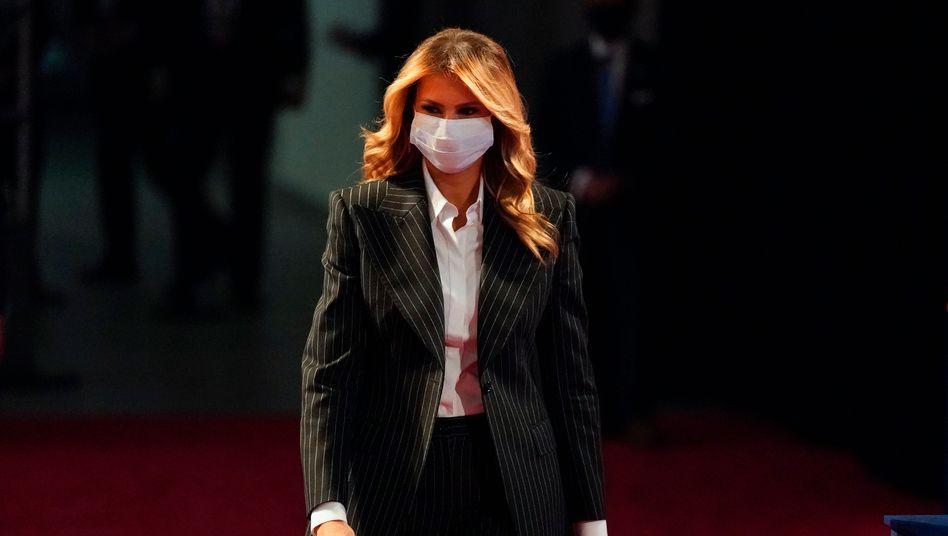 Melania Trump mit Gesichtsmaske