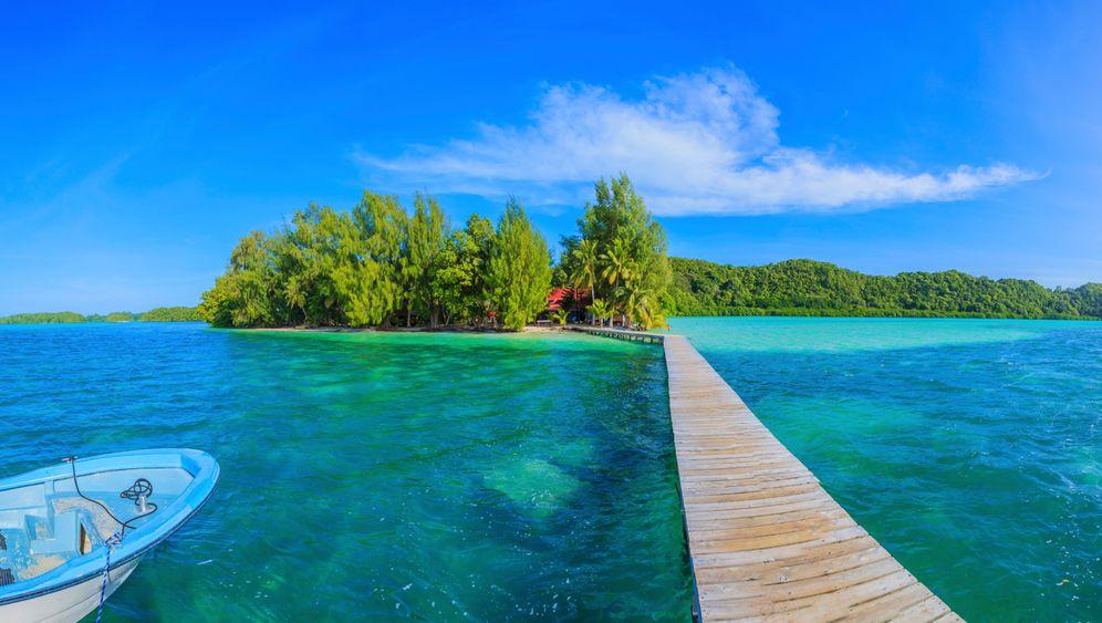 Steg von Carp Island in Palau