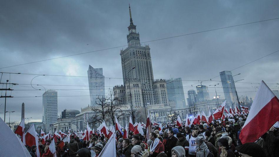 Nationalistische Demonstranten in Warschau: Das Gefühl, Europäer zweiter Klasse zu sein