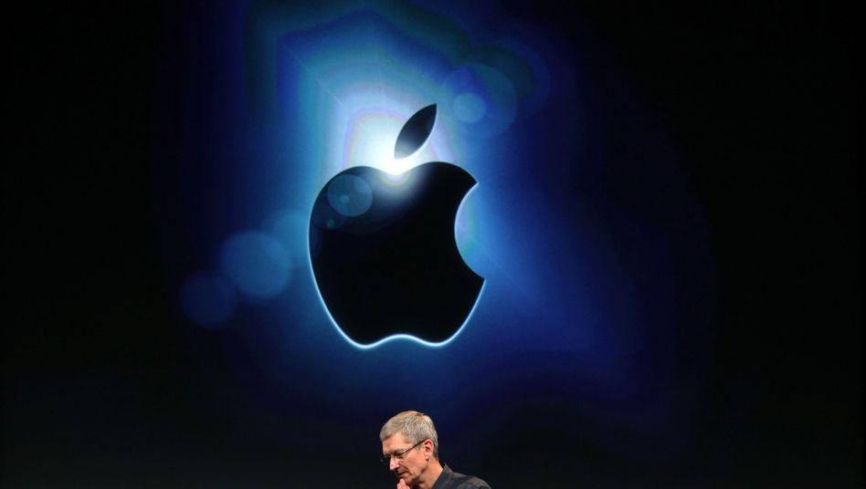 Konzernchef Cook vor Apple-Logo: Wertvollstes Unternehmen der Geschichte