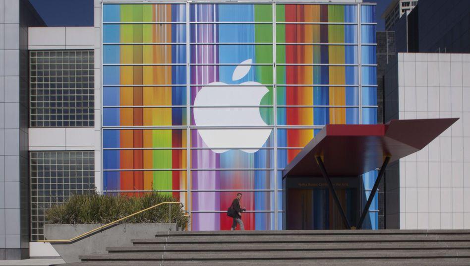 Apple-Logo bei iPhone-5-Präsentation: Warum akzeptieren wir ein totalitäres System?