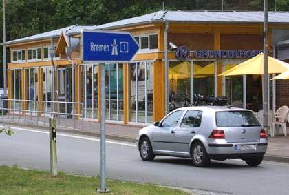 Autobahnraststätte? Autobahn-Raststätte? Auto-Bahn-Rast-Stätte?