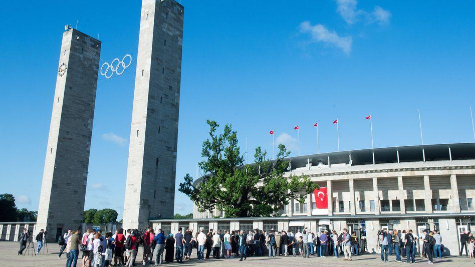 Türkische Wahl in Berlin: Für Erdogan ins Stadion