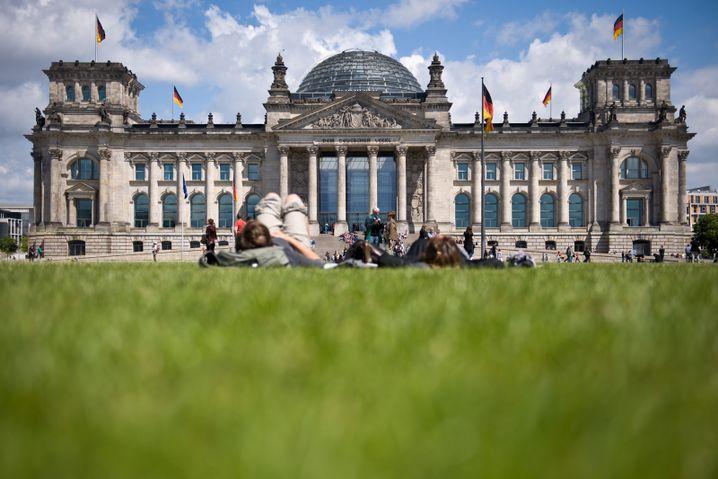 Reichstagsgebäude in Berlin: Seit 1994 Tagungsort der Bundesversammlung