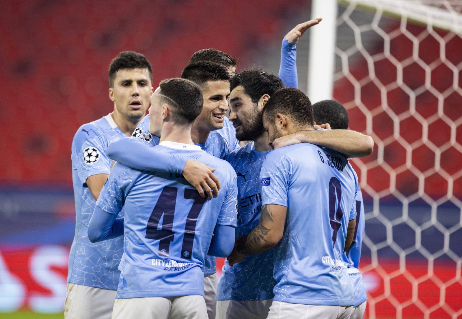 Torjubel: Joao Cancelo (City), Ilkay Gündogan (City), Gabriel Jesus (City), Bernardo Silva (City) Borussia Mönchengladb