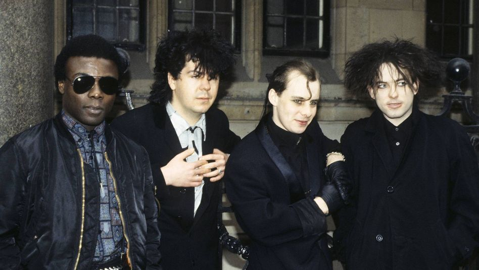 Andy Anderson (l.) mit The-Cure-Bandkollege Laurence Tolhurst
