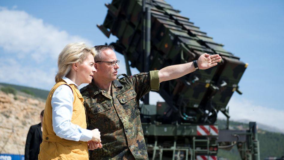 """Von der Leyen in der Türkei (Archiv): Deutsche """"Patriot""""-Raketen im Einsatz"""