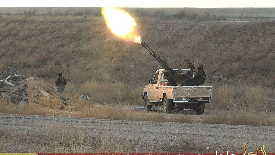 IS-Miliz im Nordosten Syriens: Waffen laut Amnesty im Irak erobert